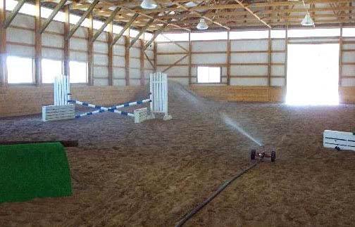 Namakanje športnih površin - konjska dirkališča
